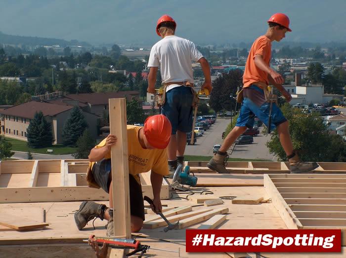 Dangerous construction site - no fall protection